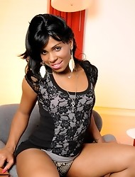 Ebony sweetie Myla West posing her hot body