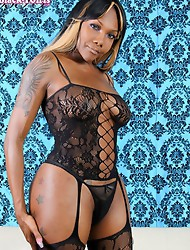 Electra�s is the epitome of beautiful. She hails from Detroit but travels to various cities. She loves to show off her ass and make it �pop�. I hope t