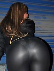 Nikki poses with a gorgeous prostitute