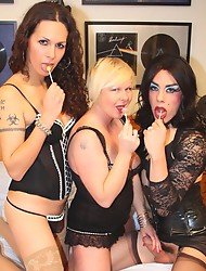 Horny tgirls Nikki & Zoe having sex with a woman