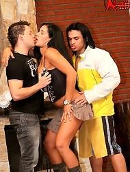 Hardcore Brazilian threesome