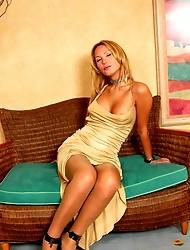 Tayla Dickman sexy pantyhose tranny gal
